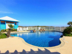 swimming pool with dune views in Beachwalk II